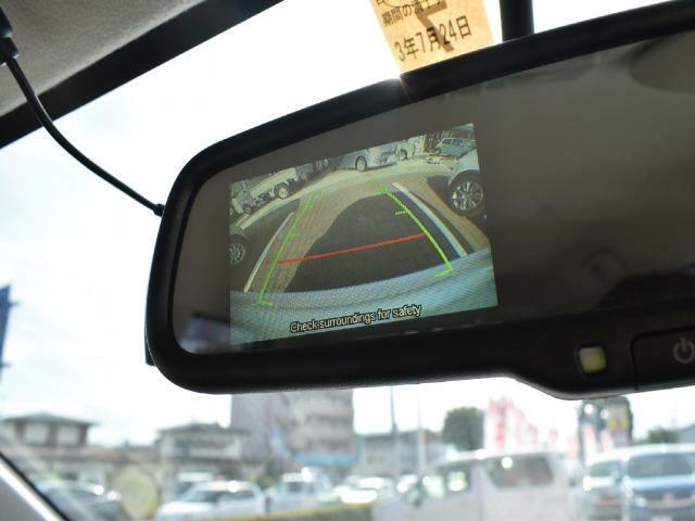 アラウンドビューモニター搭載☆駐車時の後方確認をサポートしてくれます!