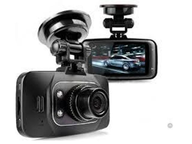 Bプラン画像:・HDMI対応 ・2.7インチ液晶 ・140°広角レンズ ・Gセンサー搭載 ・ビデオ再生機能
