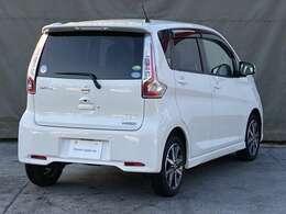 愛知日産の中古車は全車保証付きです。納車後も全国日産ディーラーで対応可能。安心してお乗りいただけます。