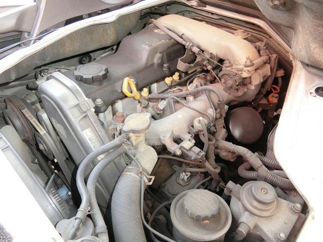 お車は程度の良さが大事です現在は機関・電装・走行に現在、問題は有りません。鑑定車は安心ですタイミングベルト未交換です。別途でお安く交換も承っておりますのでお気軽にご相談下さい。
