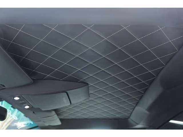 シートだけじゃなく、ルーフやドアの内張りなどにも、Q-cituraダイヤモンドステッチが入っております!