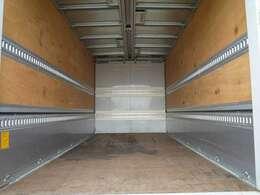 荷室内寸長さ430cm 幅209cm 高さ215cm ラッシング2段 状態良好です!外装も小傷くらいでとてもきれいです!