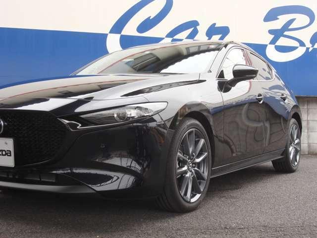 1.5L 15Sツーリングの6速マニュアル車です。自動車の楽しさをぜひこのマツダ3で体感ください!