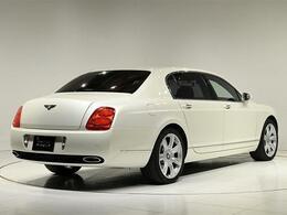 ボディサイズは、全長5310×全幅1925×全高1470(mm)。車両重量は2510kgになります。