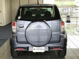 背面タイヤにはハードカバー付きで見た目もカッコイイです!