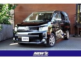 トヨタ ヴォクシー 2.0 ZS 煌II