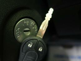 ◆【キーレスエントリー】☆鍵を挿さずにボタン操作で鍵の開閉が行えます!!
