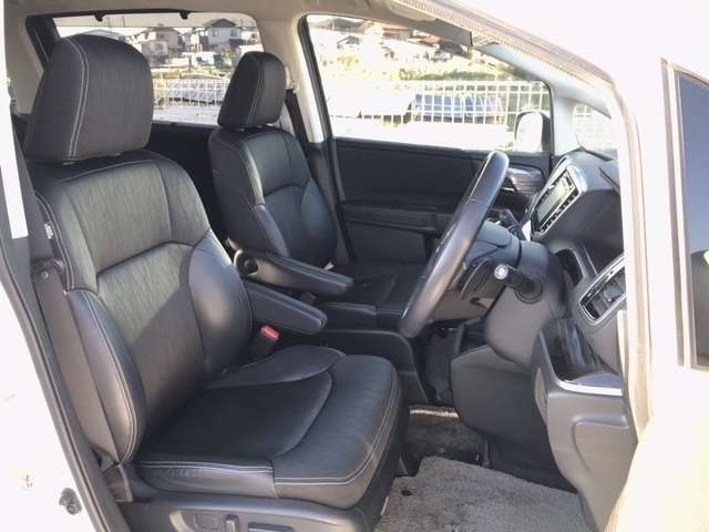車内は徹底的にクリーニングされているので、快適にお乗りいただけます。