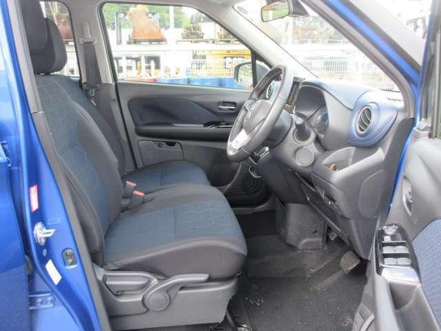 シートの高さ調整やハンドルの高さ調整もできるので、最適なシートポジションをとることができます。