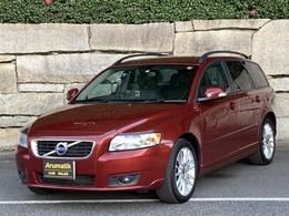ボルボ V50 2.0e アクティブ プラス 2011年モデル M付革シート シートヒータ-