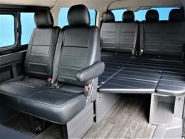 FLEX一番人気の内装架装【Ver.1】ベット施工&テーブルが搭載した車中泊仕様車!!