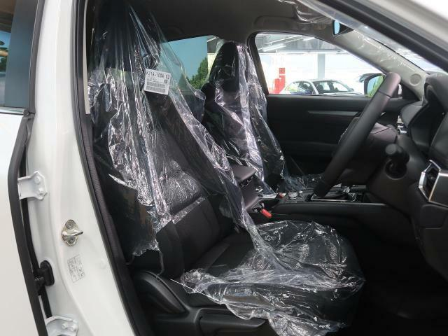 抗菌・消臭・防汚に最適!!【サンライトコーティング】の施工もオススメです。光触媒で紫外線を受けることによって長い間、車内をクリーンに保つことができます。