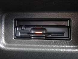 音声案内タイプETC装備☆最近はETC搭載車専用の高速道路出入り口も増えてきました。ETCがあれば、キャッシュレスで料金所をノンストップで通過できます。
