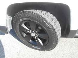 タイヤは新品ATパターン!ホイルは純正ブラック加工です!