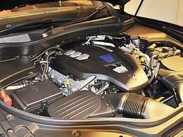 430馬力を発揮するV6エンジンを搭載★