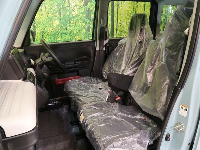 【弾インテリアガード】室内の劣化を未然に防ぎます!スレや汚れから室内を守り、防水効果でお手入れも簡単♪キレイな車内で乗り続けましょう☆
