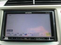ナビはカロッツェリアAVIC-MRZ99です。DVD/CD再生のほかにもフルセグTV、Bluetooth連携機能も装備されとっても便利です!
