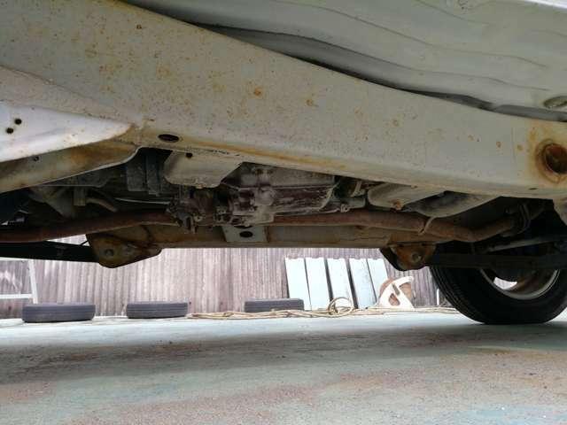 オイル交換から車検・修理等アフターサービスもご安心ください。禁煙の代車もご用意できます。