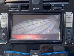 バックカメラ付きで駐車も安心ですね♪