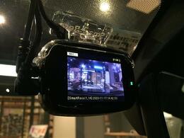 社外前後ドライブレコーダー 運転中の記録を残します。事故などを起こした起こされた時の証拠を残します。