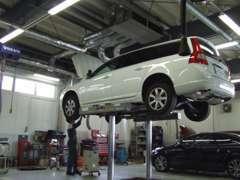 経験豊富なスタッフが、車検・整備致します。 お気軽にお尋ね下さい!