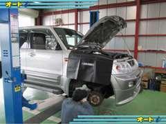 ◇自社認証整備工場を完備。お車は買った後のことが大切です。車検やオイル交換が格安ですので、お車の維持費も安く済みます。