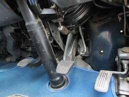 【レア車5速MT!】ハイエースVのガソリン2WD!全国登録・納車可能なガソリン5速MT車入庫!!【*ただ今、入庫仕上げ鈑金中^^】