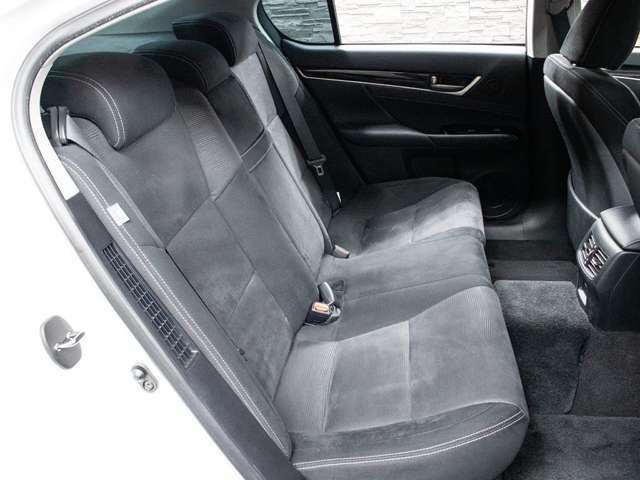 車内も広々!シート等の状態も清潔感があり、良好です!