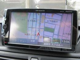 社外ナビが装備されております♪画面もクリアで運転中も確認しやすいです♪ワンセグTVの視聴もお楽しみ頂けます♪車内にいても快適にお過ごし頂けます♪