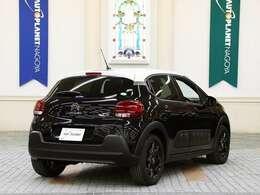 エアバッグは6つ(フロント2/フロントサイド2/カーテン2)装備。 [ボディサイズ]全長3995mm×全幅1750mm×全高1495mm [車両重量]1,160kg [ホイールベース]2535mm