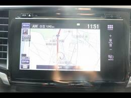 純正インターナビ搭載★フルセグ視聴やブルートゥース等機能も充実しております。