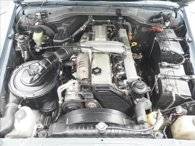4.2リッターディーゼルエンジン搭載でトルクのある力強い走りが楽しめます!
