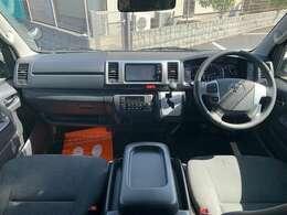 ユーザー様より買い取りワンオーナー車両、モデリスタエアロ、モデリスタグリル、LEDヘッドライト、純正ナビ、フルセグ、バックカメラ、Bluetoothオーディオ、