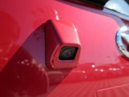 【バックカメラ付】死角となりやすい車両後方の安全確認も抜かりありません。駐車が苦手な方にもオススメな便利機能です。