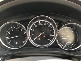 危険な状況に陥ってから対処するではなく、危険自体を回避する。新しいマツダの先進安全技術群「i-ACTIVSENSE」を搭載した車両になっています。認知・判断・操作をサポートし、事故リスクを最小限に抑えます。