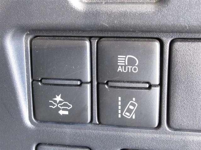 ♪トヨタセーフティセンス(衝突回避支援システム)付きです。安全装備もしっかり付いているので安心です。多くのユーザー様が希望されるようになりました。
