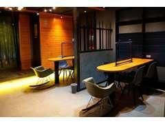 カフェのような落ち着いた雰囲気の室内でゆっくりと商談することができます!