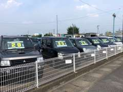 在庫は全て国産車です。幅広い車種をご用意しておりますので、ぜひご来店お待ちしております。