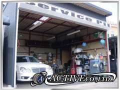 新車もお任せください!国産車、輸入車問わずどのメーカーも取り扱っております!新車オプションも遠慮なくお申し付けください!