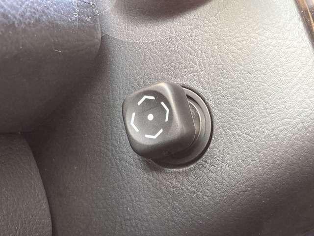 【電動チルト】ハンドルを電動でお好みのポジションに設定できます♪