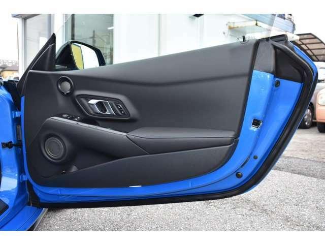 100台のみの限定車、ホライズンブルーエディションが入庫しました!GR製オプションパーツも装着されています!