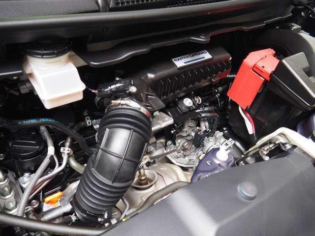 L15B型 1.5L 直列4気筒DOHC VTEC16バルブターボエンジン搭載です
