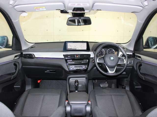 高年式・低走行のお車ですので、室内もとても綺麗な状態で、使用感もございません。