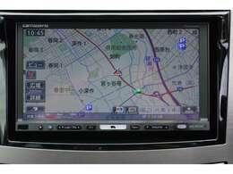 使いやすいカロッツェリアナビ(AVIC-HRZ900)を装着しています。