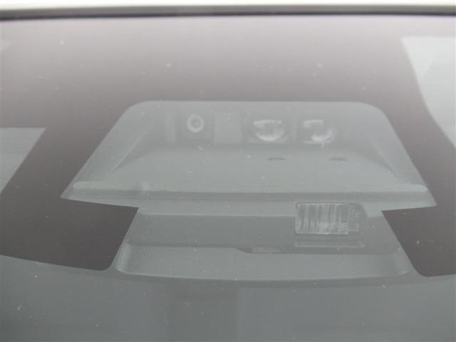 トヨタセーフティセンスでは衝突の回避や衝突時の被害軽減をサポート。