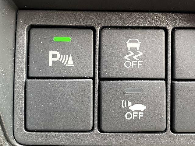 コーナーセンサーを装備!!狭い道や駐車時に警報音で危険を知らせてくれま【ホンダセンシング】お車の安全を守る衝突軽減ブレーキです!ドライバーのミスや疲れをカバーして、事故を未然に防ぐ安全装備です☆