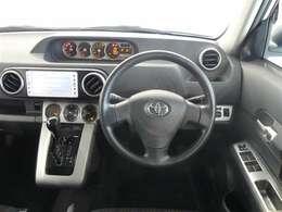 インパネはシンプルなデザイン。運転もしやすそうですね♪