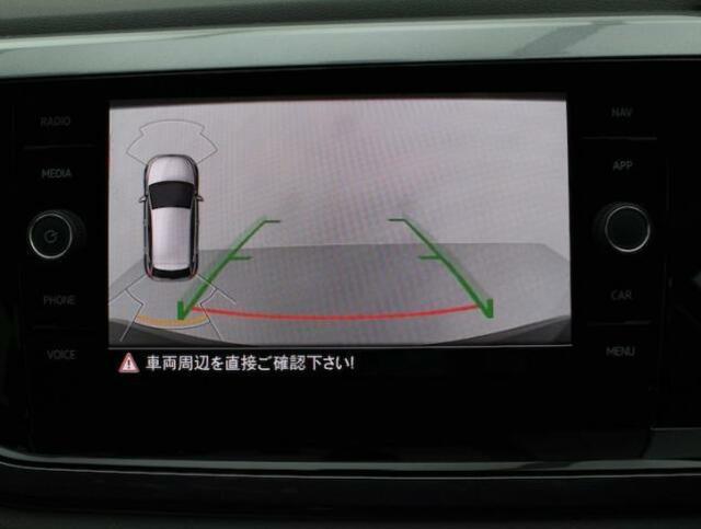 リヤカメラが装備されていますので駐車や車庫入れも楽に行えます。