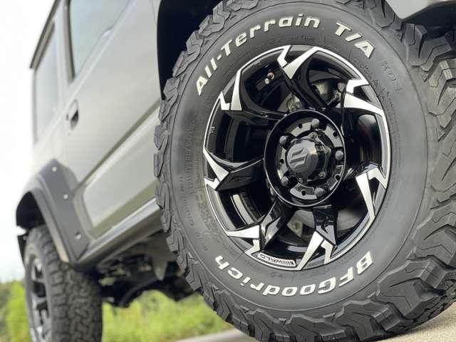 BLACK BISON ワイドフェンダーキット専用設計の15インチVORSALINO SUVを装着!タイヤは乗り心地とデザインに定評のあるKO2をチョイス!