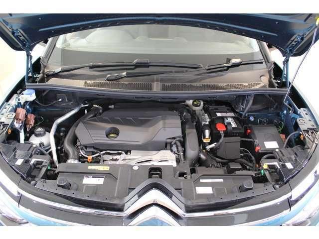 1.6Lガソリンターボエンジンは爽快なフィーリング。シトロエン 岐阜 TEL:058-278-2323